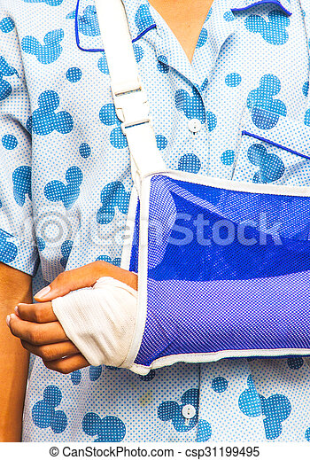 brazo roto - csp31199495
