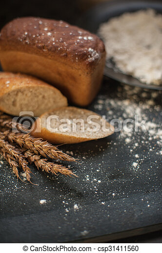 Bread composition with wheats - csp31411560