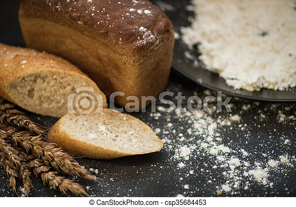 Bread composition with wheats - csp35684453