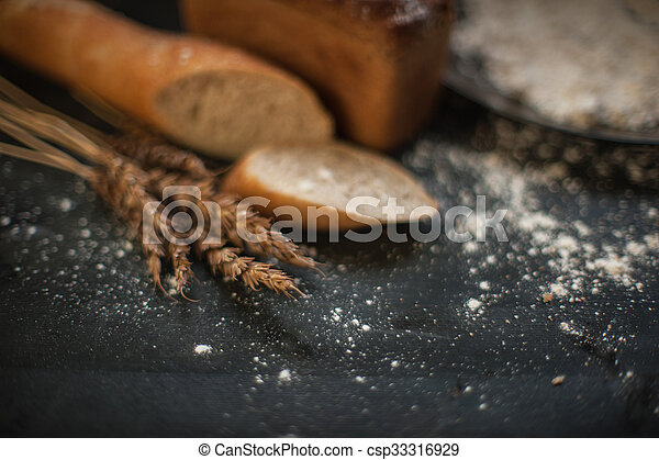 Bread composition with wheats - csp33316929