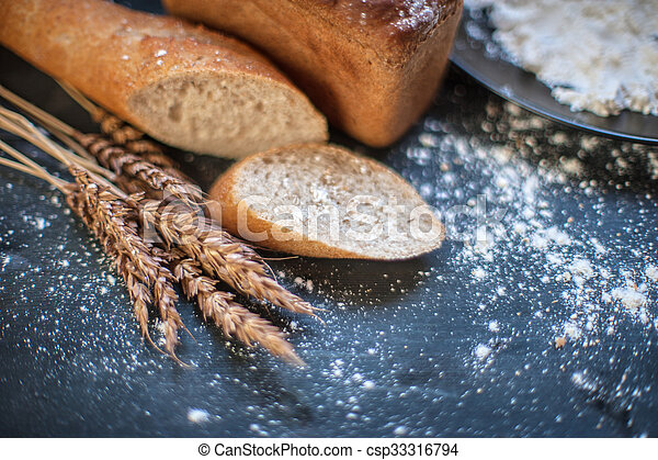 Bread composition with wheats - csp33316794