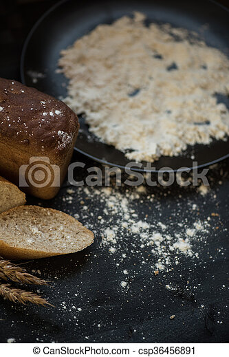 Bread composition with wheats - csp36456891