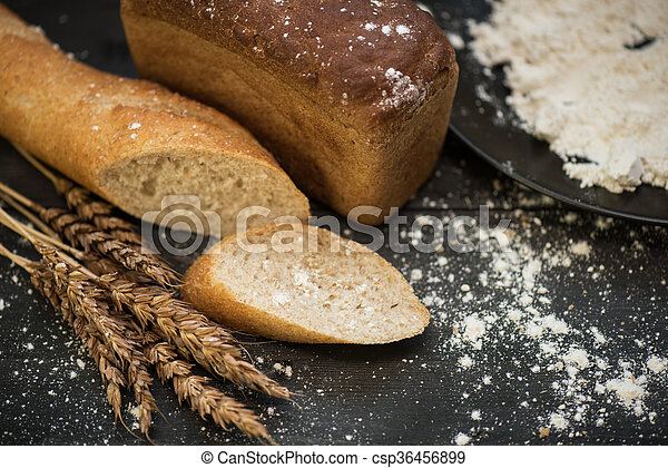 Bread composition with wheats - csp36456899