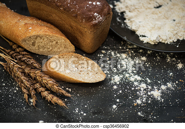 Bread composition with wheats - csp36456902