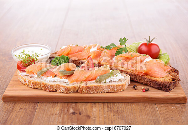 bread with salmon - csp16707027