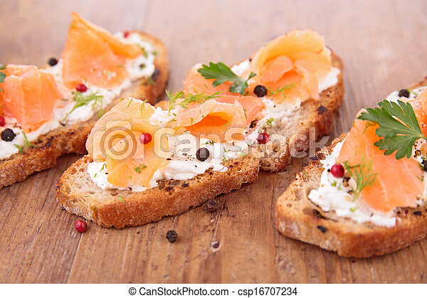 bread with salmon - csp16707234