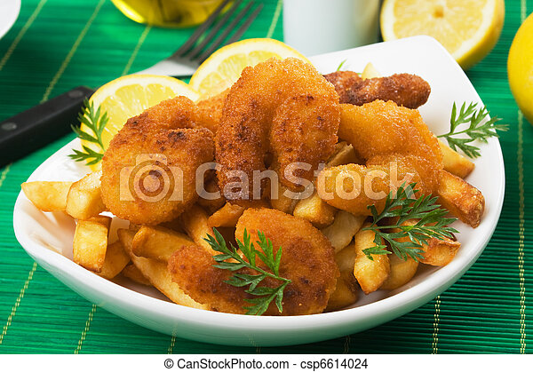 Breaded shrimp sanck with french fries - csp6614024