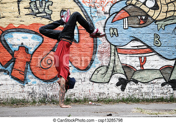 breakdance, verticaal - csp13285798