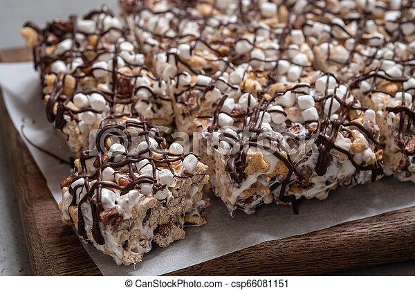Breakfast cereal treat - csp66081151