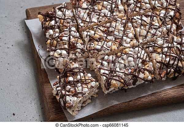 Breakfast cereal treat - csp66081145