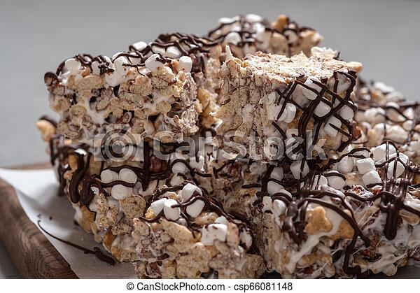 Breakfast cereal treat - csp66081148