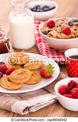 Breakfast with wholegrain cereals. - csp49344042