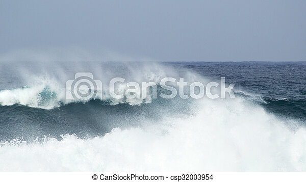 breaking ocean waves - csp32003954