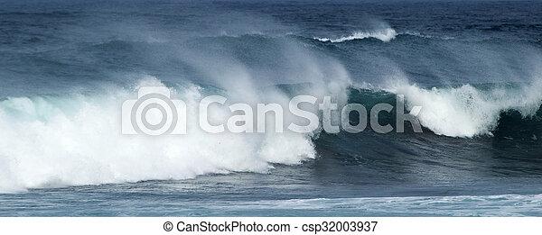breaking ocean waves - csp32003937