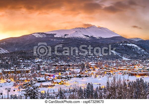 Breckenridge, Colorado, USA Town Skyline in Winter - csp67329670