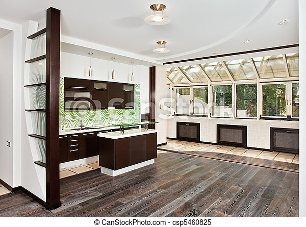 Moderner salon (studio) und küche mit dunklem holzfußboden ...
