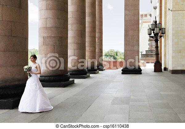 Bride and columns - csp16110438