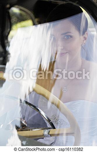 Bride driver - csp16110382