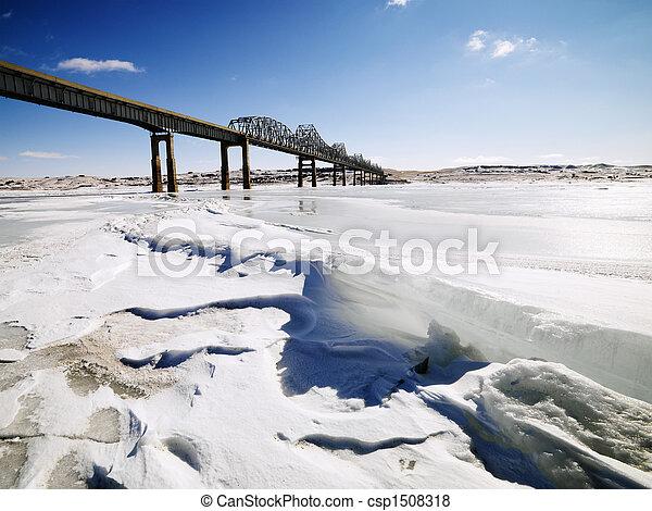 Bridge in winter - csp1508318