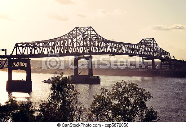 Bridge on Mississippi River in Baton Rouge - csp5872056