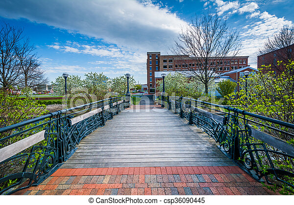 Bridge over Carroll Creek, in Frederick, Maryland. - csp36090445