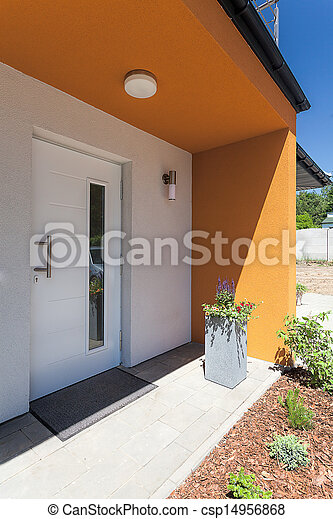 Bright space - mansion entrance