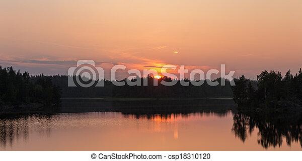 bright sunset - csp18310120