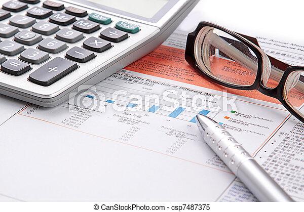 brille, taschenrechner, tabelle, bestand - csp7487375