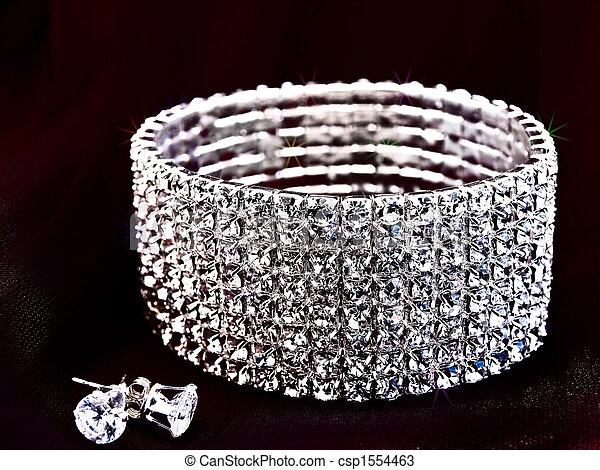 brilliant bracelet and earrings - csp1554463