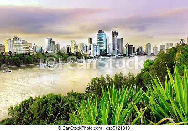 Brisbane Abend - csp5121810