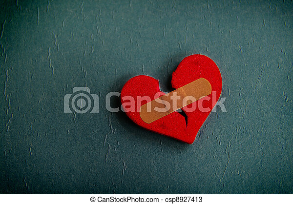 broken heart - csp8927413