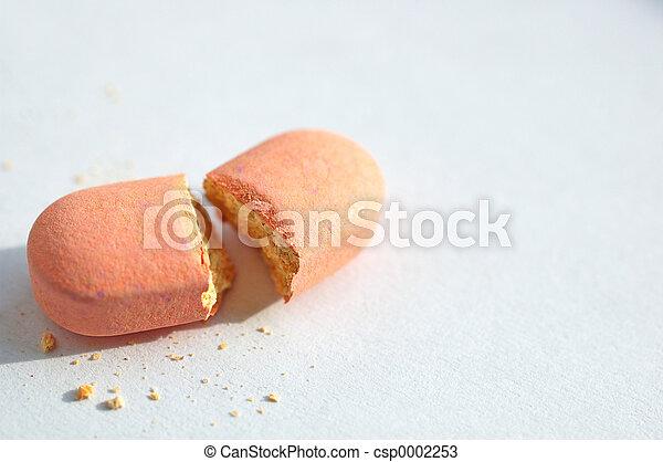 broken pill - csp0002253