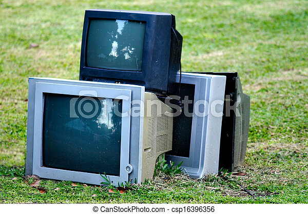 Broken television - csp16396356