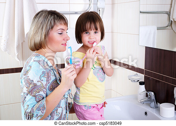 brossage, leur, dents, fille, mère - csp5183049