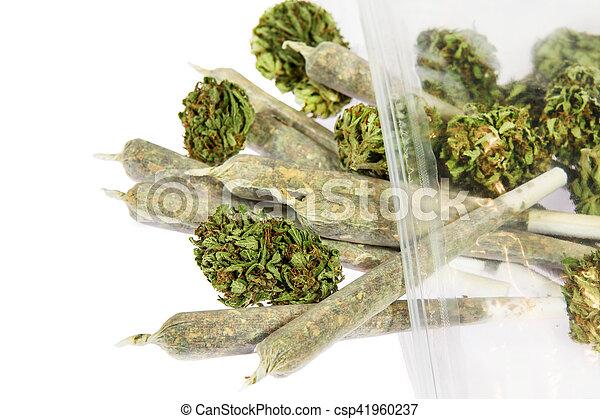 brotos, junções, marijuana - csp41960237