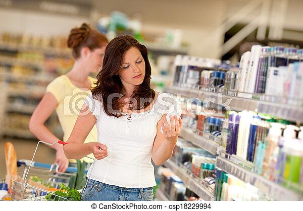 bruine , vrouw winkelen, reeks, -, haar, de afdeling van schoonheidsmiddelen - csp18229994