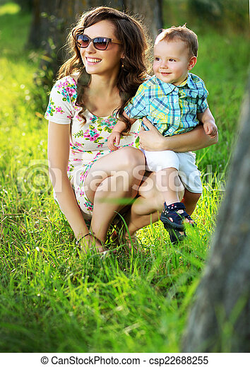 Brunette Mom With Her Lovely Child Csp22688255