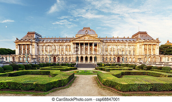 Palacio real belga en Bruselas - csp68847001