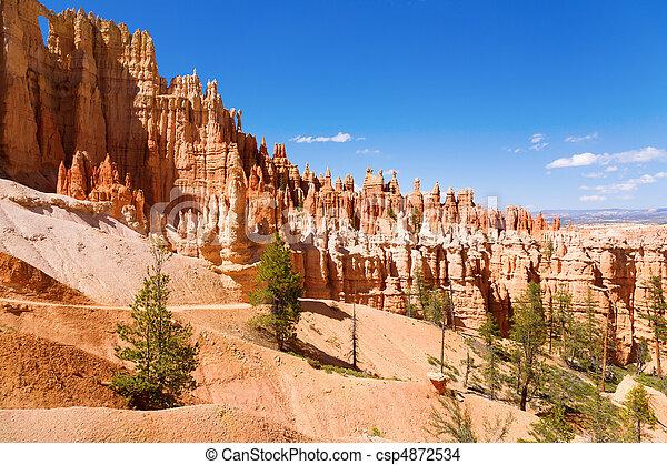 Bryce Canyon - csp4872534