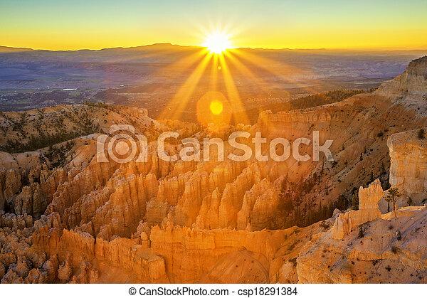 bryce park, krajowy, kropka, amfiteatr, kanion, natchnienie - csp18291384