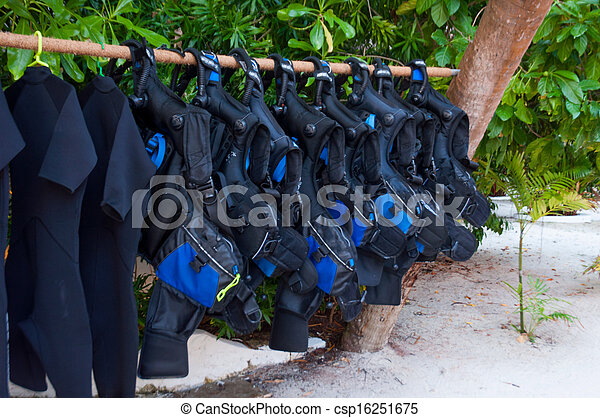 Buoyancy, equipo de buceo - csp16251675