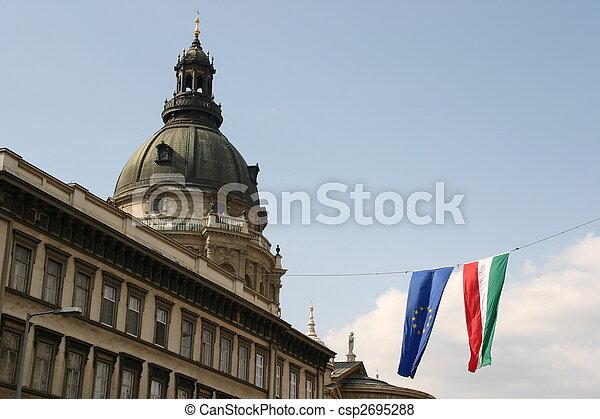 El Parlamento de Budapest - csp2695288