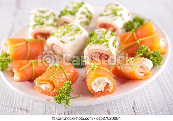 buffet food - csp27020064