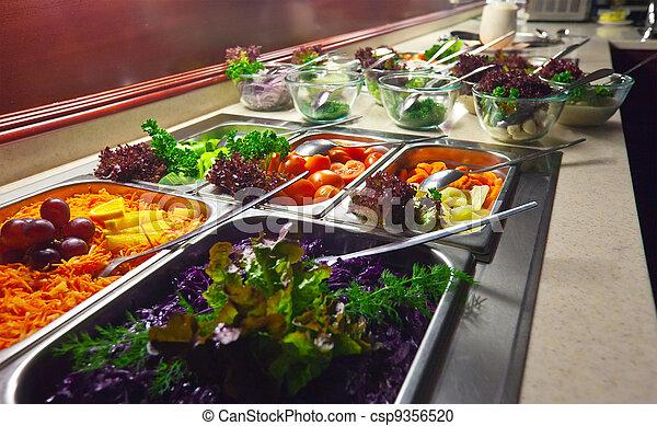 Verduras en el buffet - csp9356520