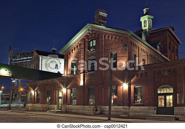 Building at night - csp0012421