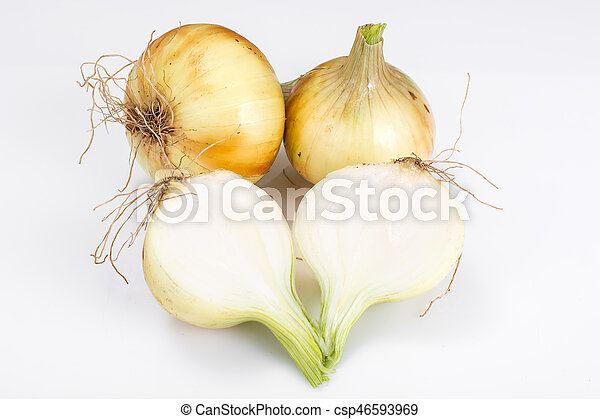 Bulbs of young onions - csp46593969