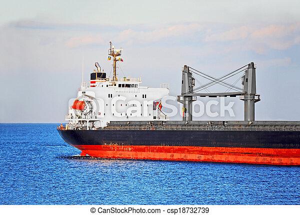 Bulk cargo ship - csp18732739