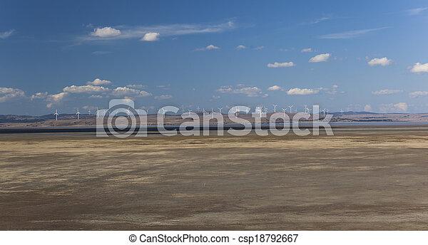 Granja de viento capital. Vista desde el vigía federal de autopistas. Bungendore. NSW. Australia. - csp18792667
