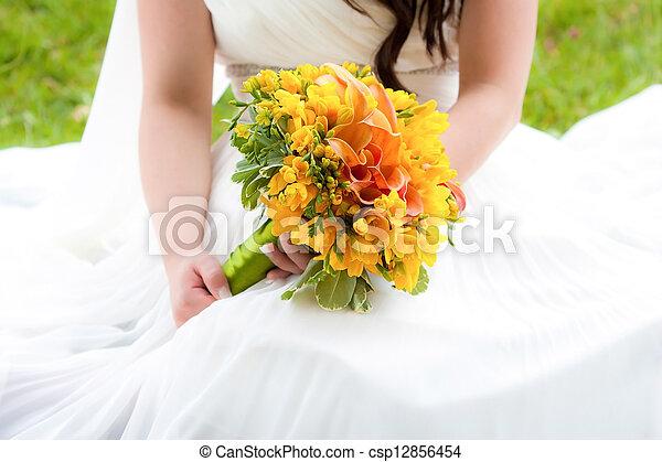 buquet, noiva, segurando, casório - csp12856454