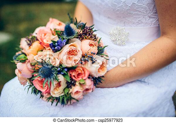 buquet, nupcial, flores, vermelho - csp25977923